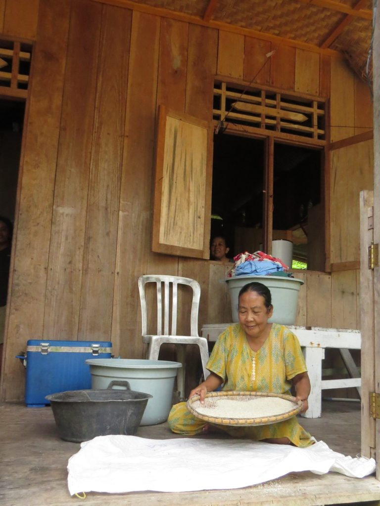 travel off the beaten path organic experiences with locals